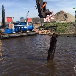 Duikwerkzaamheden ombouw Meppelerdiepsluis van keer- tot schutsluis in Zwartsluis