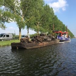 Autowrakken lokaliseren en bergen in de Provincie Flevoland