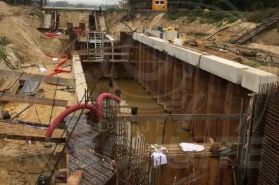 Nieuwbouw sluizen Junne en Mariënberg